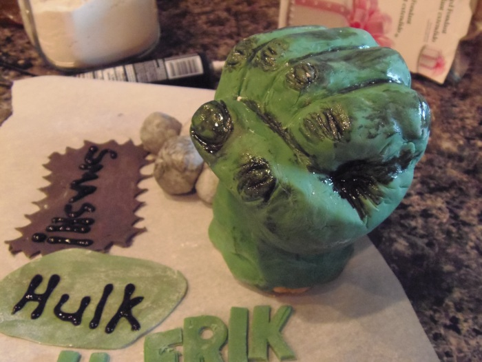 Hulk Cake on theway…