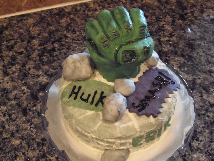 """Hulk Smash"" cake – done"