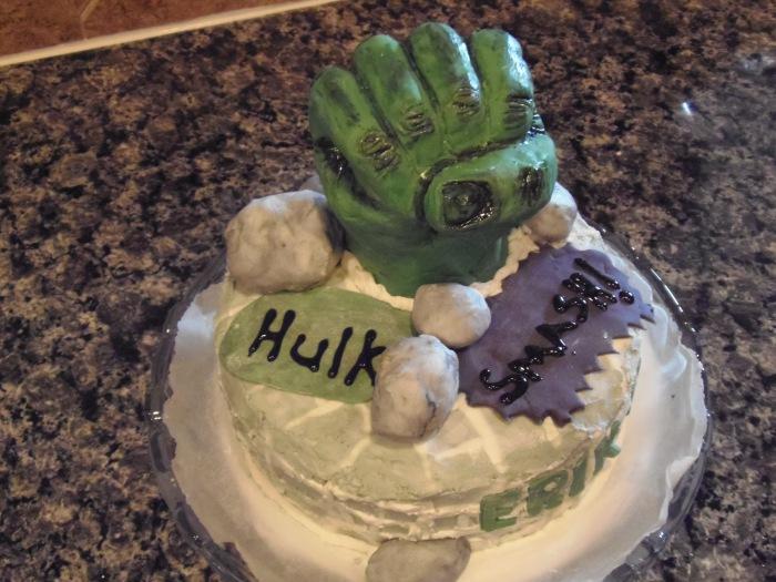 """""""Hulk Smash"""" cake –done"""